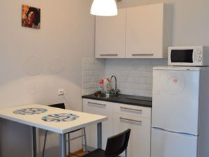 1 комнатная квартира около метро Комендантский проспект