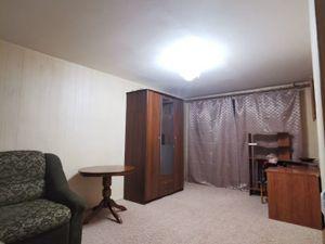 2-х комнатная квартира около метро Каховская