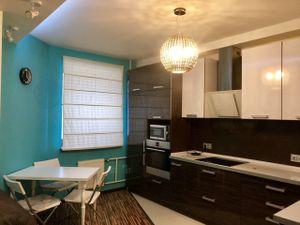 1 комнатная квартира около метро Ладожская