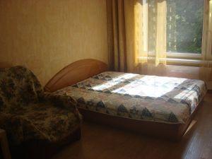 1 комнатная квартира Ельнинская