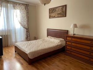 2-х комнатная квартира Абрамцевская