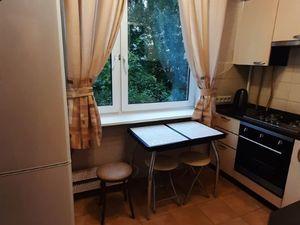 2-х комнатная квартира на метро Пражская